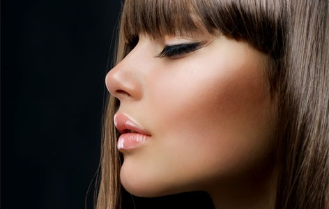 glamourous volumising eyelashes